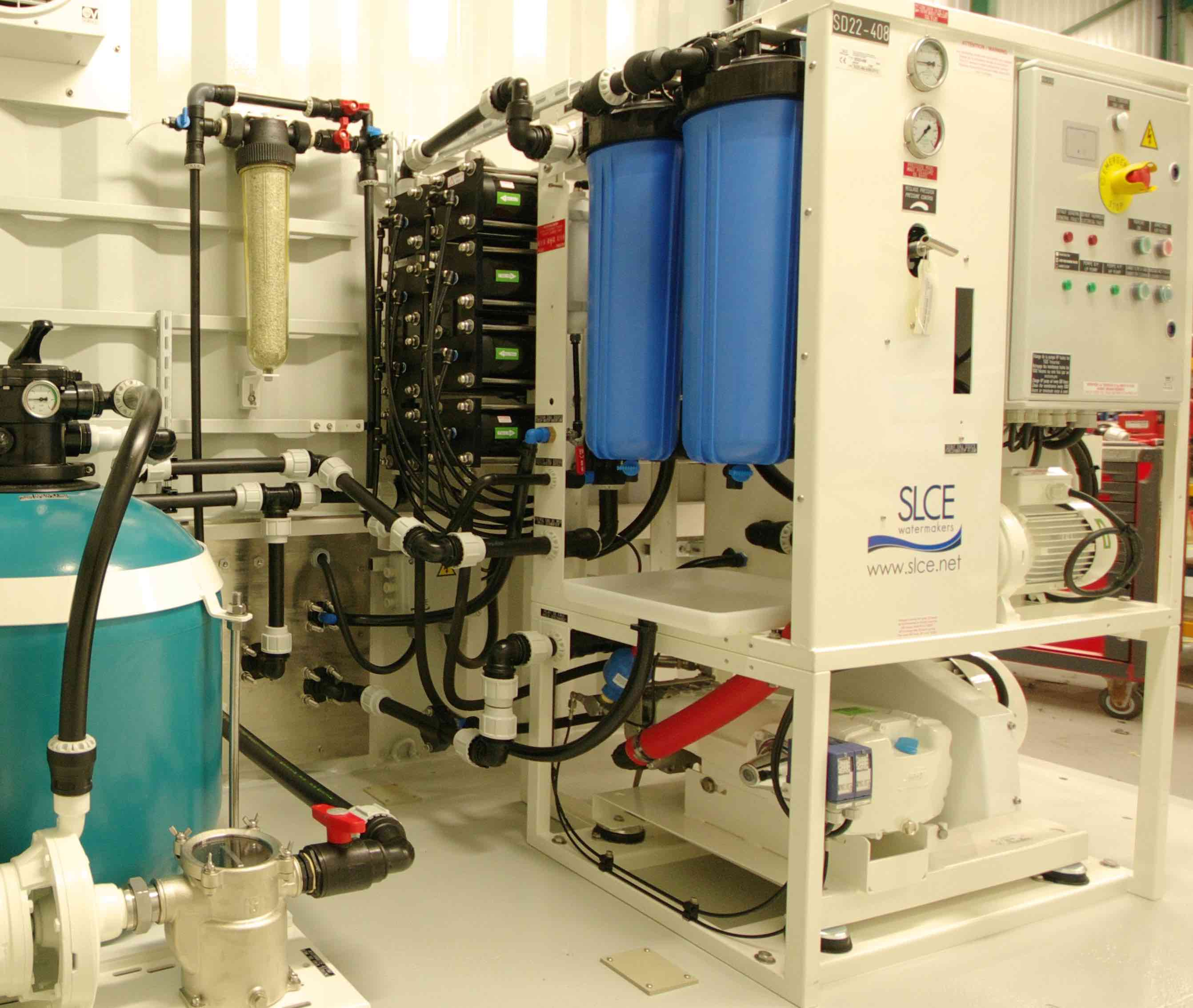 reverse osmosis water treatment station from SLCE Watermakers (56).